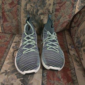Mens Nike Free Train Force Flyknit